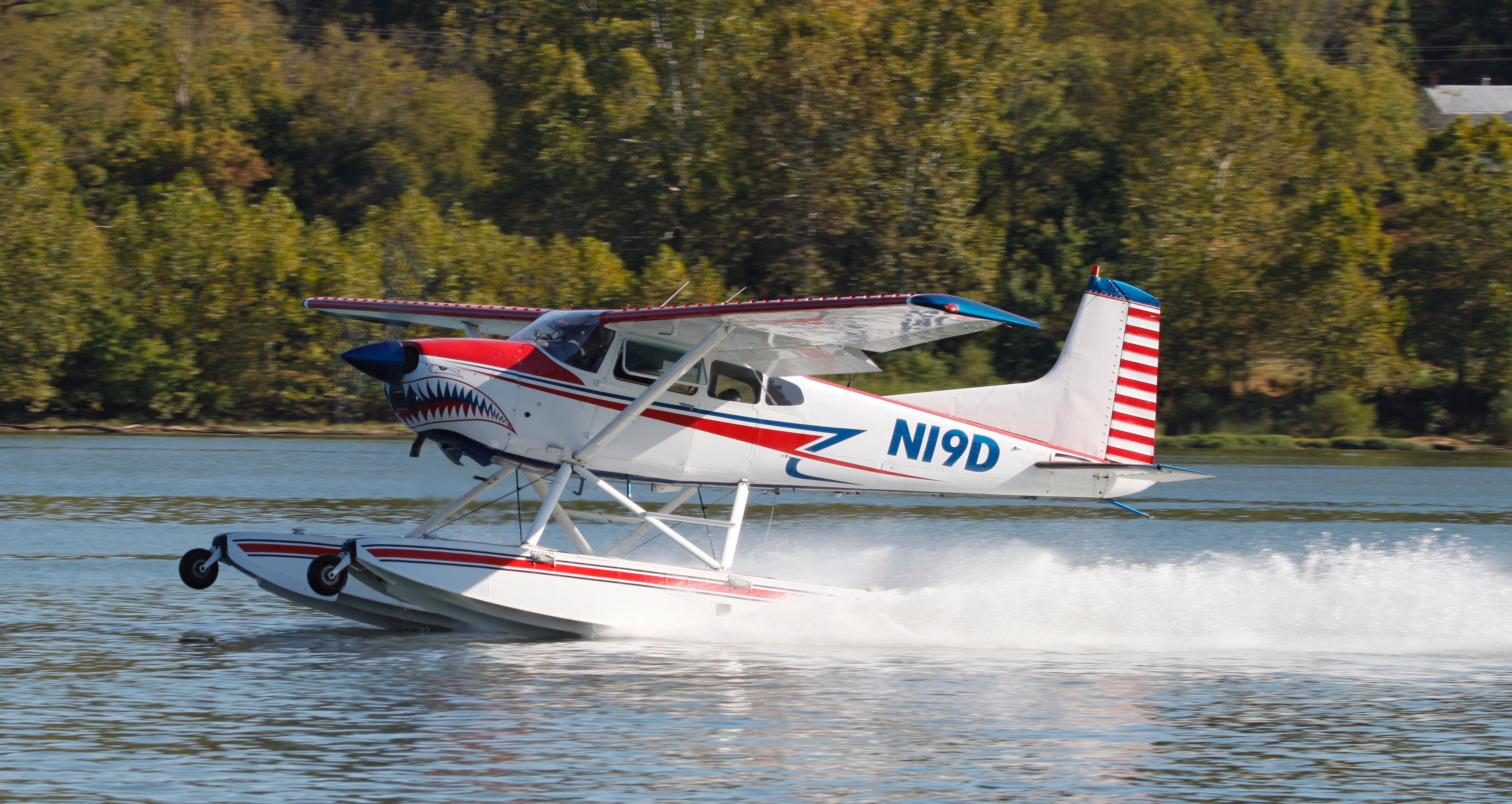 Shark Aviation 185 amphibious seaplane on the step