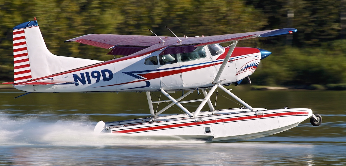 Shark Aviation Cessna 185 Seaplane on the step during training on Lake Cumberland Kentucky